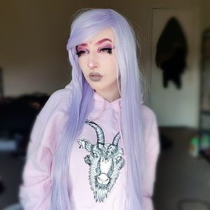 Lush Wig in Lilac Sky